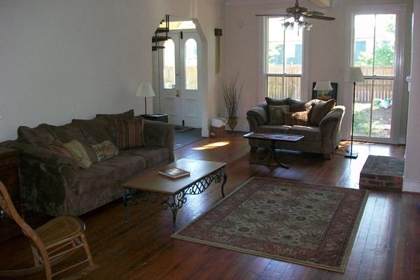 FROG Roanoke downstairs living 2